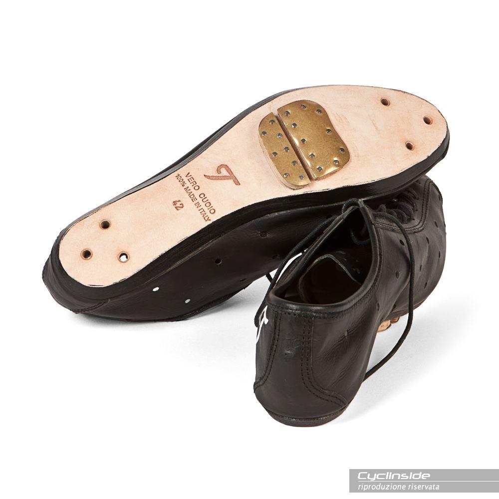 outlet store 07fc9 c0f09 All'Eroica gli scarpini di una volta, ma anche in versione ...