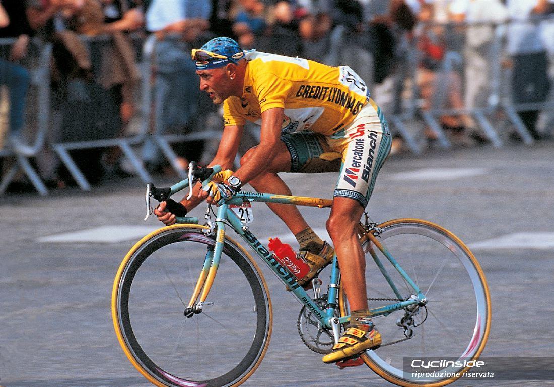 Bianchi Celebra I 20 Anni Del Tour Di Marco Pantani Con La